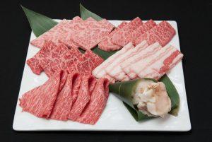 銀座の焼肉店【にくTATSU】で近江うし